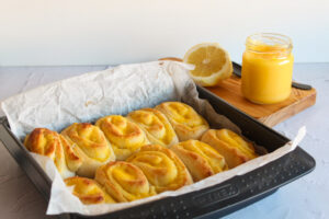 Lemon curd scrolls Bimby